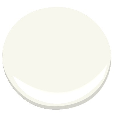 Paint swatch of Benjamin Moore Simply White