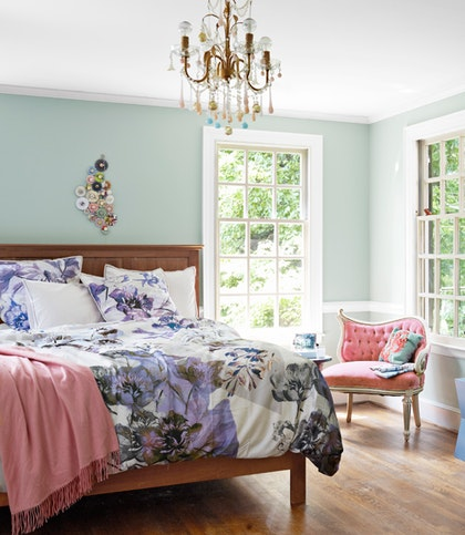 How to choose beautiful colors for your east facing rooms for Eastern bedroom designs
